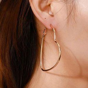 3/$30 💛 Heart Hoop Earrings